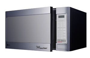 LG microwave - stainless steel - 1000 watts - 1.1 cubic ft.