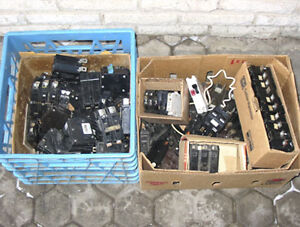 CIRCUIT BREAKERS ~ MANY MAKES & MODELS AVAILABLE!