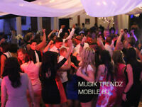 Professional DJ Entertainment / FREE Decor Uplighing