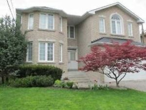 Yonge/Finch 4 br 2 Storey house for rent