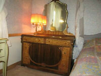 ANTIQUE ART DECO THREE DRAWER DRESSER