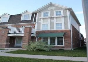 BEAUTIFUL 4 BDRM/4 BATH TOWNHOUSE IN MILTON FOR LEASE