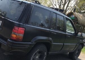 1997 Jeep Cherokee Camionnette