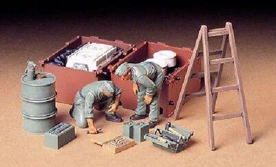 Tamiya America [TAM] 1:35 German Tank Engine Crew Plastic Model Kit TAM35180