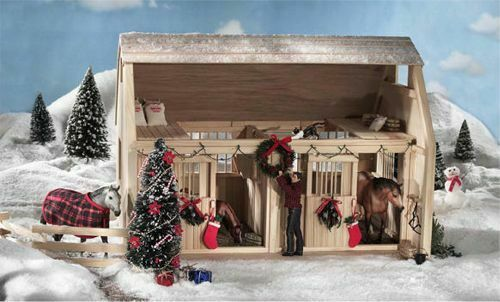Breyer Holiday Barn Accessory Set # 314, BNIB