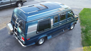 Classic 1993 GMC   'Palm Springs Edition'  $17000 obo