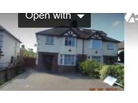 Newly decorated 3 bedroom, 2 reception room family house with Garden on Newmarket Road-available now