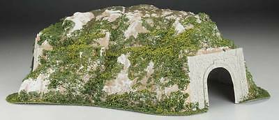 NEW Woodland Scenics Curved Tunnel 15.5x25.75 HO C1311