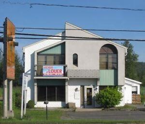 Bureaux, locaux, et entrepôt à louer