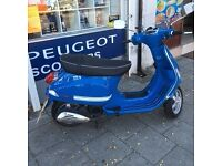 Vespa S 125 1 owner **only 552 miles**