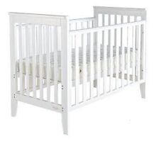 Mother Choice Orlando 2 in 1 cot (white) Hornsby Hornsby Area Preview