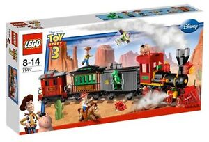 LEGO TOY STORY SET 7597 Western Train Chase BRAND NEW
