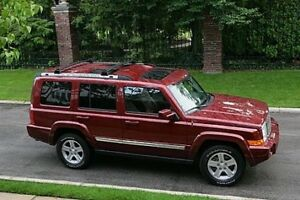 2009 Jeep Commander for Sale - Red