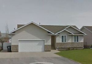 Master Suite Available in Pilot Butte (10 minutes from Regina)