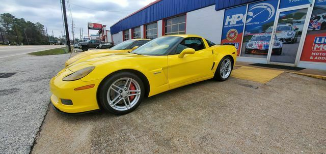 2007 Yellow Chevrolet Corvette Z06  | C6 Corvette Photo 3