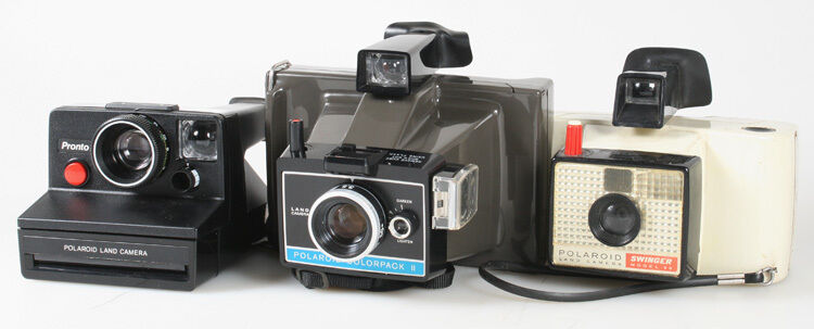POLAROID CAMERA LOT OF 3