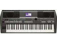 Yamaha PSR s670 Electric Arranger Keyboard - Nearly New