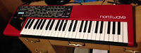 Clavia Nord Wave with custom roadcase
