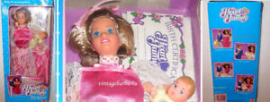 Vintage Barbie Doll New Arrival Mom & Baby 2412 Heart Family NEW