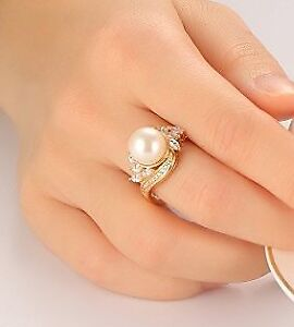 18K GOLD FW PEARL RING S-8 - PRICE IS NEGO