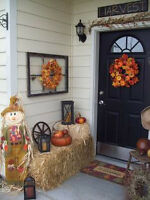 Small Square Hay Bales - Halloween & Fall Decoration