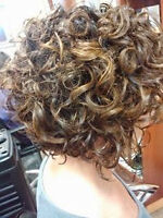 Service de coiffeure et ongles - Hair and nails services- Aylmer