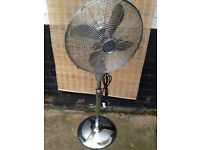 LARGE OSCILLATING FAN SILVER CHROME DESIGN