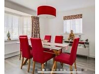 Stunning oak and glass dining table with 6 chairs