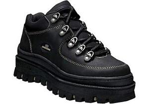 SKECHERS WOMEN SHOES   ----- BRAND NEW -TAG STILL ON