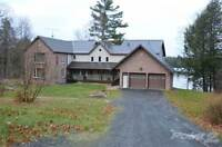 Homes for Sale in Parry Sound, Ontario $1,149,000