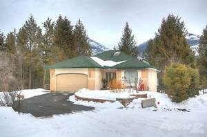 #27 640 UPPER LAKEVIEW Road