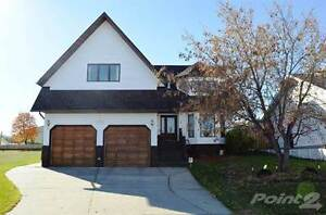 Homes for Sale in Brady Heights, Cold Lake, Alberta $429,900 Edmonton Edmonton Area image 1