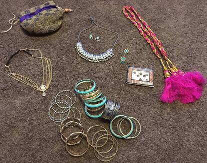 Indian/bollywood outfit and jewelry for hire various sizes