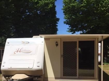 Caravan onsite paynesville allawah boat caravan park