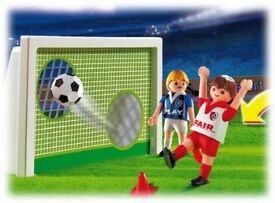 Playmobil Football 'shooting practice' game in carry case