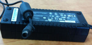 HP N19824 135W Power supply $40 West Island Greater Montréal image 2