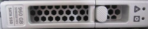 "LOT OF 8 Cisco UCS C220 C240 C480 M5 SAS SATA 2.5"" Hard Drive Tray 74-113290-01"