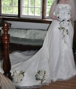 Organza Wedding Gown Kitchener / Waterloo Kitchener Area image 2