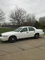 2010 FORD CROWN VICTORIA-NEW MVI-ONLY 55,000 KLMS-WORKS GOOD!