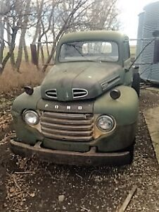 Ford  2 Ton F135