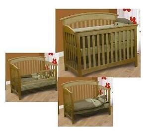 Set de chambre Bébé en merisier