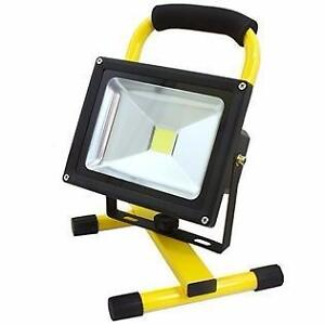 WORK/CONSTRUCTION LIGHT COB LED 1200 LUMENS TO 2160 LUMENS (WHOLE SALE PRICE)