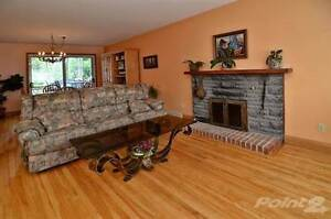 Homes for Sale in Roxboro, Montréal, Quebec $450,000 West Island Greater Montréal image 4