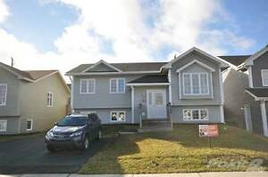 29 Petite Forte Dr - Sold
