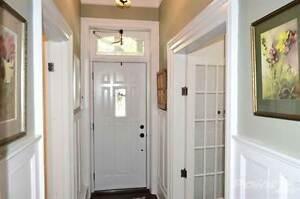 Homes for Sale in East Galt, Cambridge, Ontario $499,000 Cambridge Kitchener Area image 3