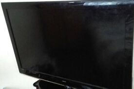 Bush 42 Inch LCD Full HD 1080p TV, Freeview, Remote. Good condition, NO STAND - BARGAIN!! NO OFFERS