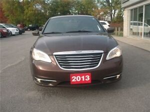 2013 Chrysler 300 Touring AIR Conditioning Heated Mirrors Heated Belleville Belleville Area image 3