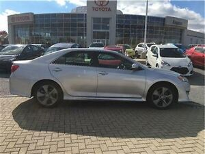 2012 Toyota Camry 4-door Sedan SE V6 Alloys,Sunroof!