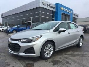 2019 Chevrolet Cruze LT   Hatchback   Bluetooth   Rear Cam