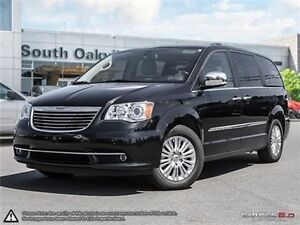 2015 Chrysler Town & Country Limited | LEATHER | NAVIGATION